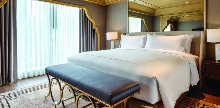royal-suite003-2