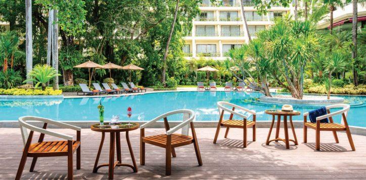 sala-pool-bar-movenpick-bangkok-2