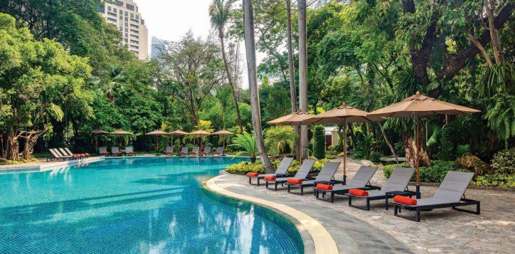 movenpick-bdms-swimming-pool-2